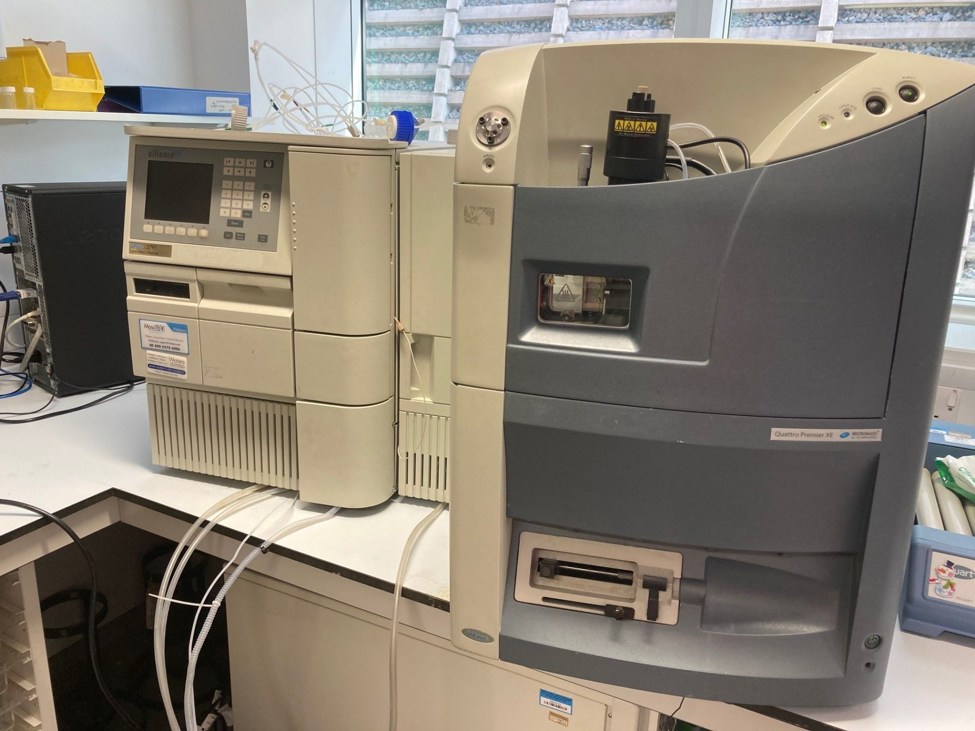 Waters Premier Quattro XE - LCMS and 2795 HPLC